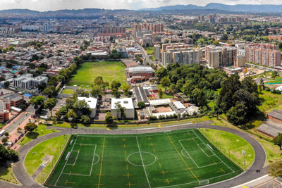 Despite its expansive size, most international schools in Bogotá are located in the northern part of the city, where former fincas were subdivided to create building sites for schools.